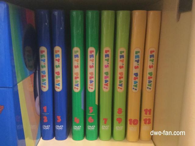 「ディズニー英語システム(DWE)」レッツプレイDVD8枚組を棚に並べてみる